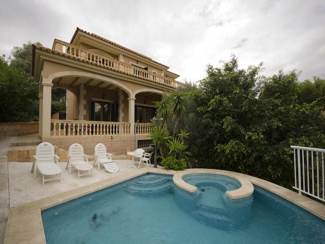 Luxury Villa with Panoramic Views, Palma Nova