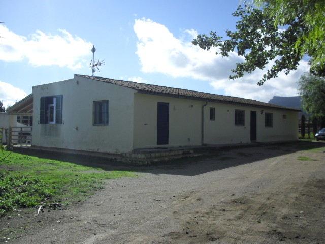 Farmhouse with Swimming Pool, Algaida